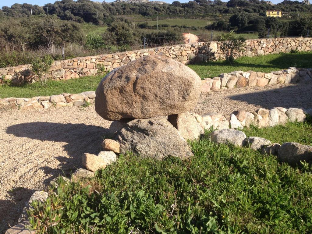 Dieser Stein wurde von Obelix hingelegt.
